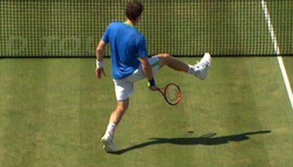 Andy Murray Tricksar med bollen